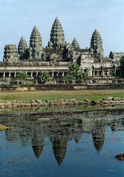 418px-Angkor_Wat_01